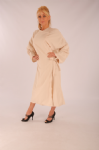 Full Length Salon gown - Velcro - Creme - Microfibre